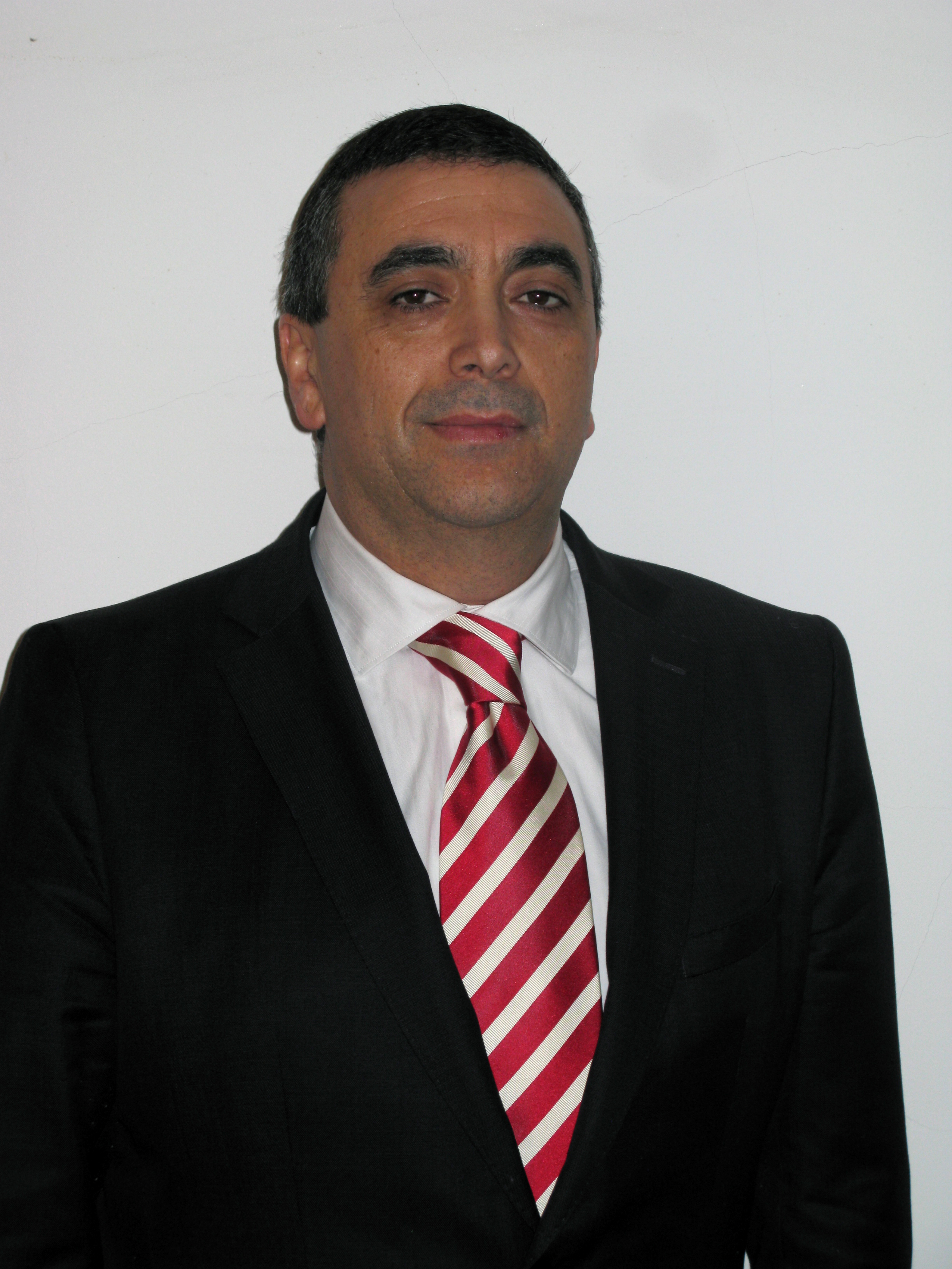EFRS president, Prof. Graciano Paulo from Coimbra, Portugal