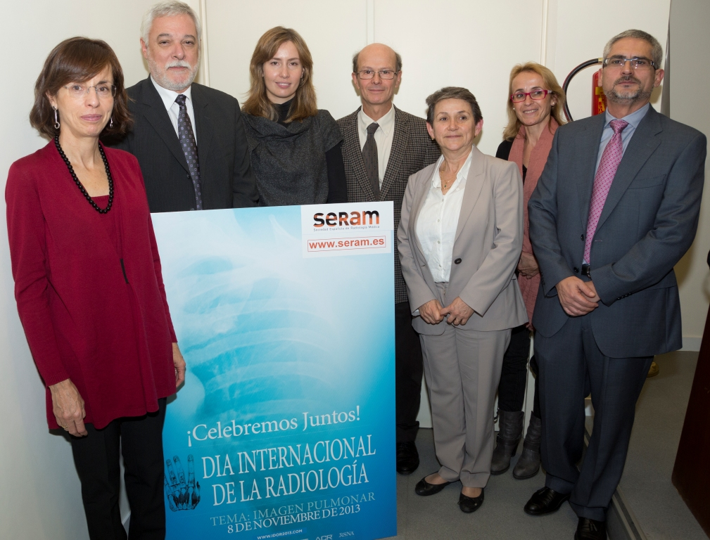 From left to right:  Dr. Inmaculada Herráez Ortega, Dr. Angel Gayete Cara, Ms. Elena Serrano García, Dr. Joaquin Ferreiros Dominguez, Dr. Carmen Ayuso Colella, Dr. Eva Castañer Gonzalez and Dr. Jesus De La Torre Fernandez. Photo courtesy of SERAM.