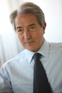 New ESR President, Prof. Lorenzo Bonomo, from Rome.
